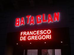 Francesco al Bataclan 1