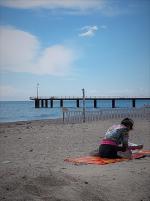 La femme au bord de la mer