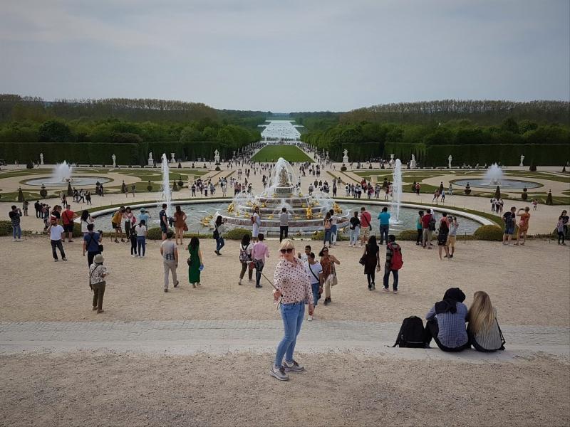 Il y a bien du monde aujourd'hui à Versailles